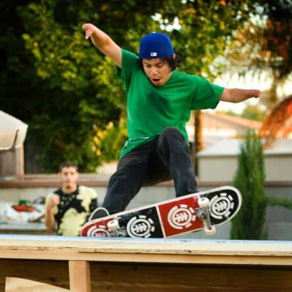 oscar-skating